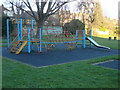 Dist:0.1km<br/>Another view of the climbing frame shown in [[1086054]]