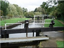 SU6971 : Southcote Lock, Kennet and Avon Canal by Simon Mortimer