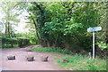 TQ2030 : Footpath & Bridleway junction, Hamper's Lane by N Chadwick