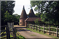 TQ6035 : Barelands Oast, Bells Yew Green, East Sussex by Oast House Archive