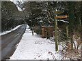 SO9875 : Fingerpost, Brown's Way Footpath, Monument Lane by Roy Hughes