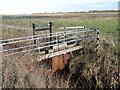 TL2285 : Sluice gates by Michael Trolove