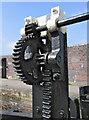 SJ2207 : Lock gate cogs, Montgomery Canal : Week 15