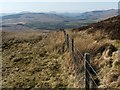 NS3382 : Fence on slopes of Ben Bowie by Lairich Rig