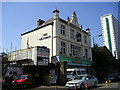 TQ3678 : The Victoria Pub (closed), Deptford by canalandriversidepubs co uk