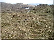 NM6165 : Towards Lochan Nighean an t-Saoir by Chris Wimbush