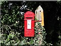 TM4089 : GR postbox on a ex-telegraph pole by Adrian S Pye
