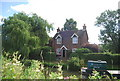 SU9947 : Canalside Cottage, Wey Navigation by N Chadwick
