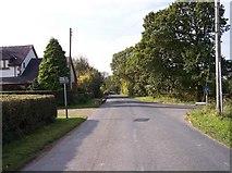SD5013 : Moody Lane joins Bentley Lane by Raymond Knapman