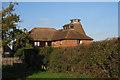 TQ8531 : Upper Woolwich Oast, Mounts Lane, Rolvenden, Kent by Oast House Archive