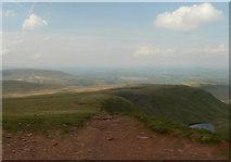 SO0021 : West from Craig Cwm Llwch by Gareth Jones
