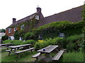 TQ8716 : The Queens Head, Icklesham by Maigheach-gheal