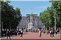 TQ2979 : The Mall and Buckingham Palace by Oast House Archive