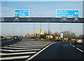 TQ0478 : M25 Junction 15 by Oast House Archive