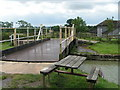 ST9160 : Swing bridge on the Kennet and Avon canal by Rob Purvis