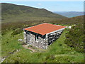 NN6954 : Cosy bothy at Blar na Feadaig by Russel Wills