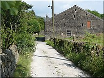 SE0026 : Driveway and barn, Carr House Farm, Mytholmroyd by Humphrey Bolton