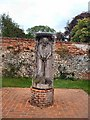 SU7283 : Statue in Walled Garden -Grey's Court by Paul Gillett