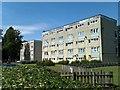 SU4513 : Blocks of flats, Macarthur Crescent by David Martin