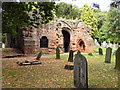 SP2872 : Kenilworth Abbey Gatehouse by David Dixon