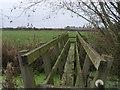 SP7328 : Cross Bucks Way by Shaun Ferguson