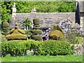 SK2366 : Haddon Hall Topiaries by Len Williams