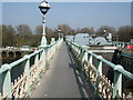TQ1675 : Richmond Lock Footbridge by Paul Gillett