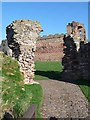 NT5984 : Gatehouse to Tantallon Castle by Oliver Dixon