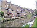 SE0324 : Canalside houses by John Illingworth