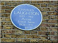 TQ2981 : Blue plaque to an actor in Percy Street by Basher Eyre