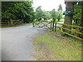 TL0928 : Barton Hill Farm by Raymond Cubberley