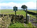 SJ9759 : Peak &amp; Northern Footpath Society sign No. 333 by Graham Hogg