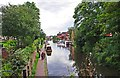 SO8171 : Staffordshire &amp; Worcestershire Canal in Stourport-on-Severn town centre by P L Chadwick