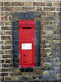 SP9637 : Victorian postbox in the wall of Ridgemont Station by Philip Jeffrey