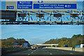 SU3817 : M27 - 3/4 mile to junction 3 : Week 44