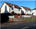 SO6101 : Modern houses, High Street, Aylburton by John Grayson