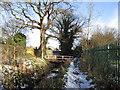 TA0429 : A footbridge over Sand Dyke, Anlaby by Ian S