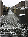 SD4861 : Snow on cobbles, a Moorlands back alley, Lancaster by Karl and Ali