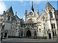 TQ3181 : The Royal Courts of Justice by Rob Farrow