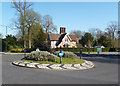 SU8184 : Roundabout &amp; Lodge, Danesfield by Des Blenkinsopp