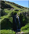 SX1651 : Waterfall behind Lansallos Beach, Cornwall by Edmund Shaw