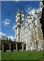 TQ3079 : A glorious August lunchtime at Westminster Abbey by Basher Eyre