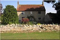 SP9747 : Farmhouse at West End Farm by Philip Jeffrey