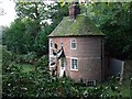 TM0335 : Tea Caddy Cottage by Keith Evans