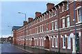 SJ9298 : Twelve Apostles Terrace, Trafalgar Square by Alan Murray-Rust