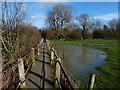SP5798 : Footpath to Little Glen Road in Glen Parva by Mat Fascione