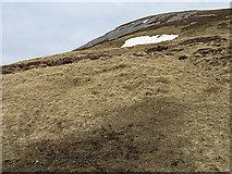 NO0379 : Steep ground west of Beinn Iutharn Mhòr by William Starkey