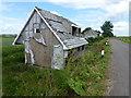 TL4786 : Chalet bungalows at Purls Bridge by Richard Humphrey