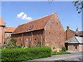 SK7661 : Barn at Schoolhouse Farm by Alan Murray-Rust