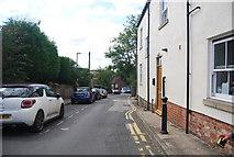 SE3457 : Vicarage Lane by N Chadwick